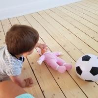 Leka med en docka?